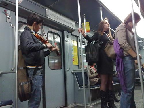 Dal suono di un violino! by durishti