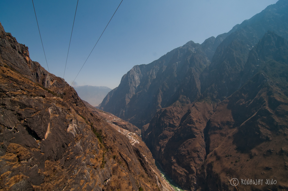 Hiking in Tiger Leaping Gorge, rough spot
