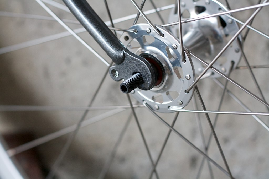 Axle in dropout after filing
