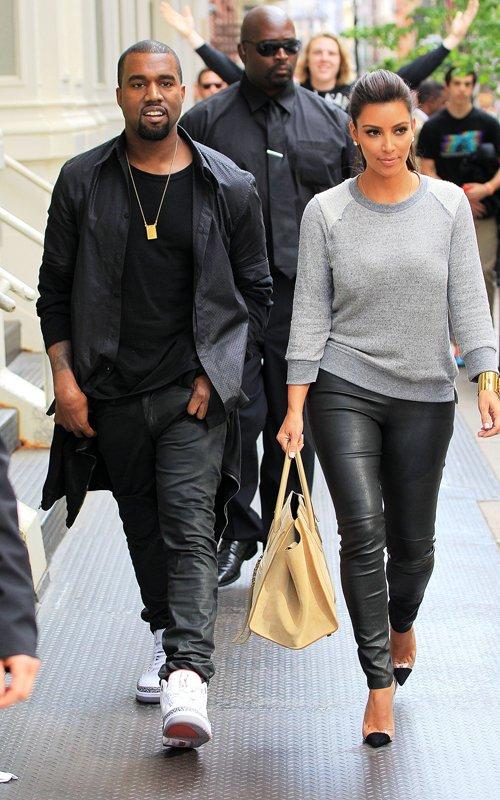 Kanye-Kim-Kardashian-New-York-STroll