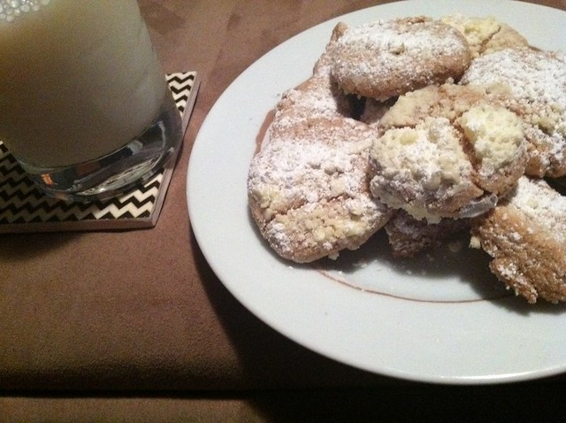 Whole Grain Mexican Wedding Cookies and Milk | Flickr ...