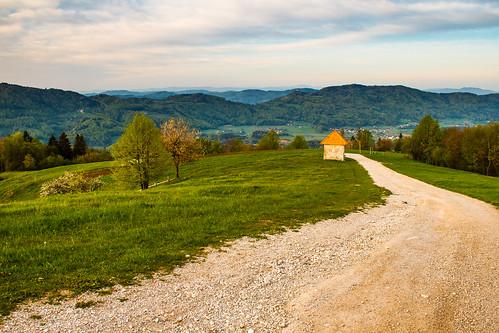 morning view path down hills slovenia slovenija gora chapell limbarska