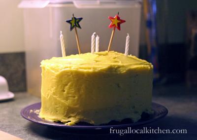 sour_cream_pound_cake_1