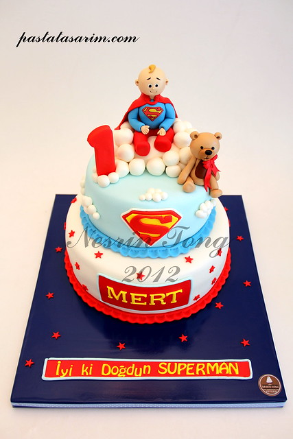 SUPERMAN MERT 1ST BIRTHDAY CAKE