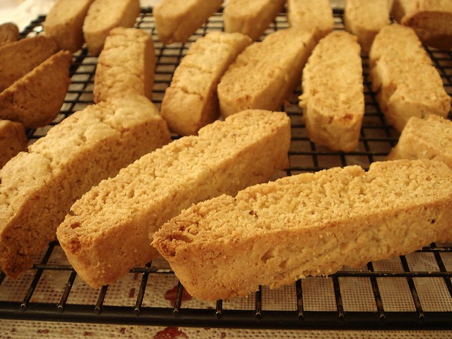 brown butter oatmeal biscotti