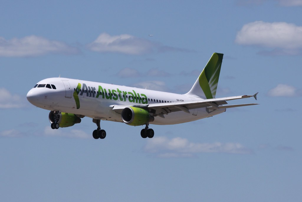 VH.YQB..Airbus A320 of Air Australia ( Strategic ) landing 03 Perth.