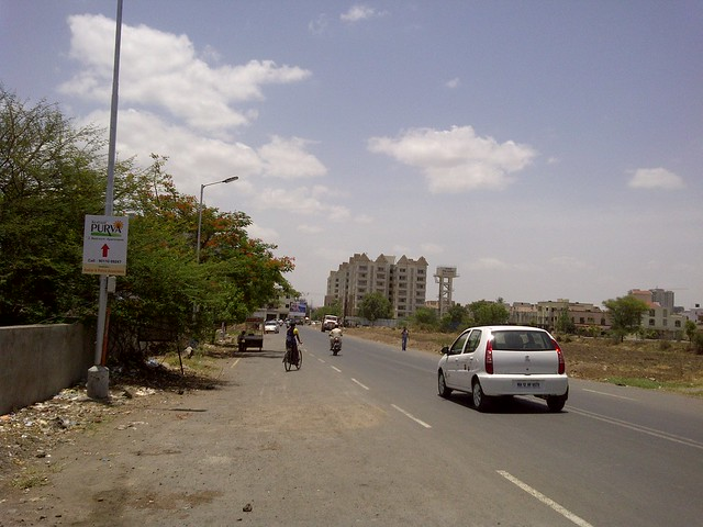 To Kumar Picasso - Baburao Shankarrao Tupe Road (D P Road) Hadapsar   - Visit Livogue - 1 BHK, 1.5 BHK & 2 BHK Flats at Malwadi Hadapsar, Pune 411028