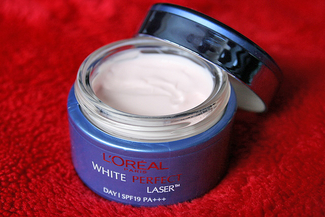 L'Oreal White Perfect Laser All Round Protection Whitening Cream SPF19 PA+++