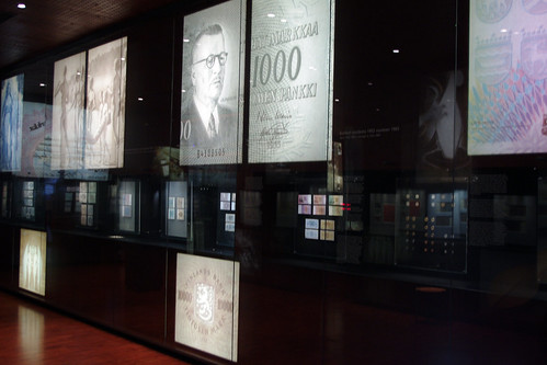 gallery exhibits of the National Bank of Finland Museum