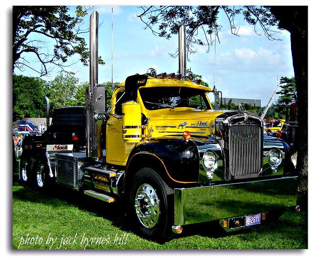 Mack Trucks B61 Models : Mack b flickr photo sharing