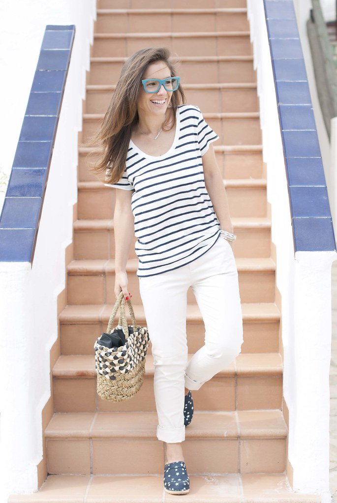 08_Mixing_stripes_and_stars_outfit_zuecos