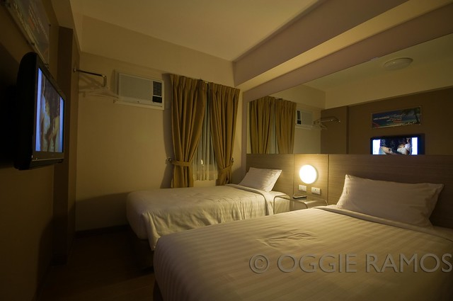 Tune Hotel Angeles - Double Bed Warm