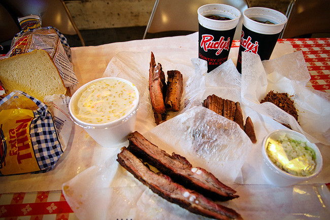 Rudy's BBQ - Places to Eat in Austin // localadventurer.com