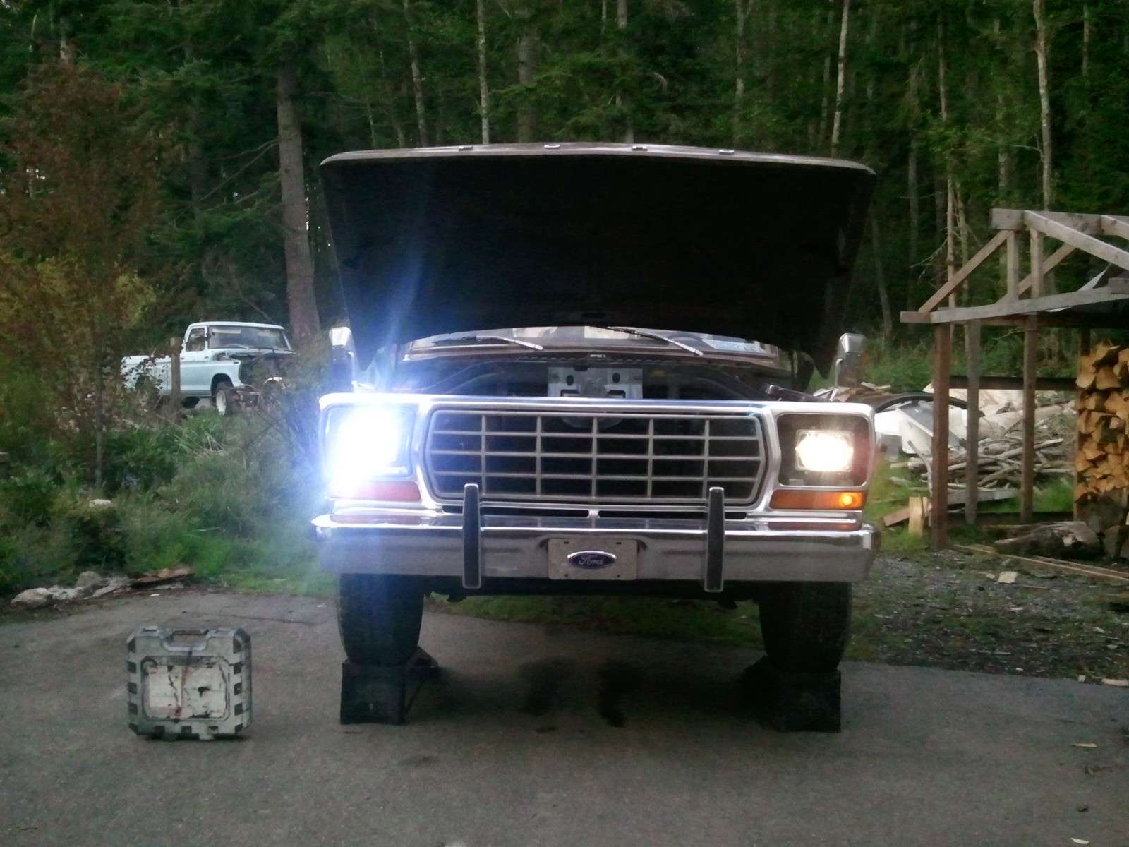 Round Headlight People Check It Out Ford Truck Enthusiasts Forums 1980 Bronco Headlights
