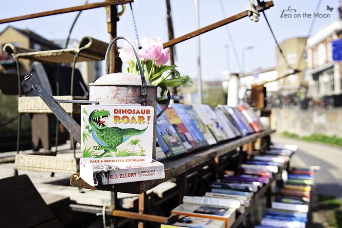 broadway market bookstore05