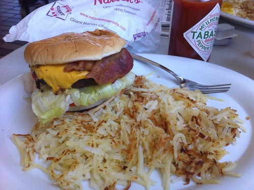 bacon cheeseburger w/ hash browns