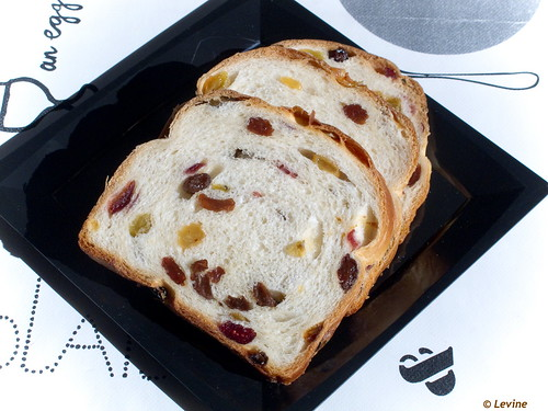Rozijnenbrood / Old fashioned Raisin Bread