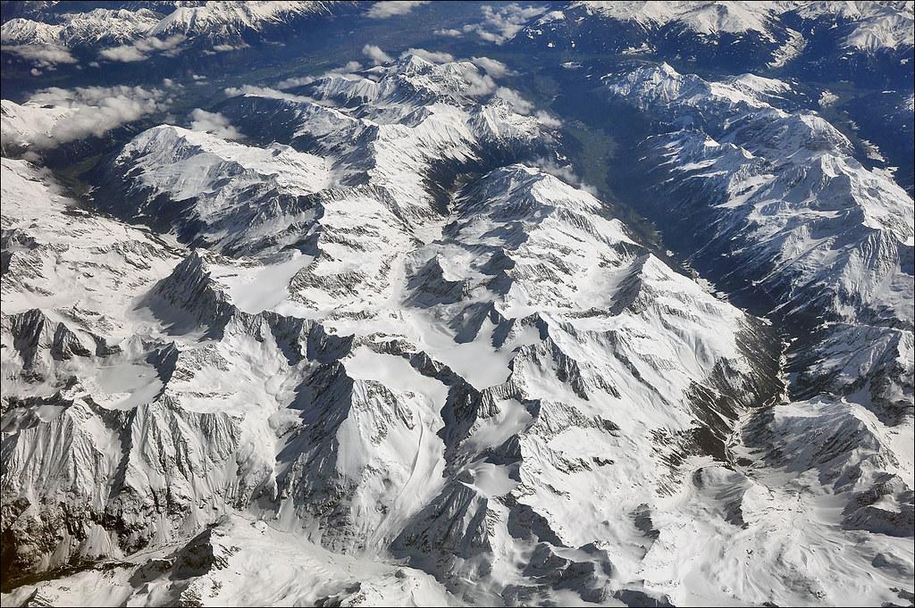 Le Alpi Orientali dal finestrino...dell'aereo!! 7248251372_e2864838f1_b