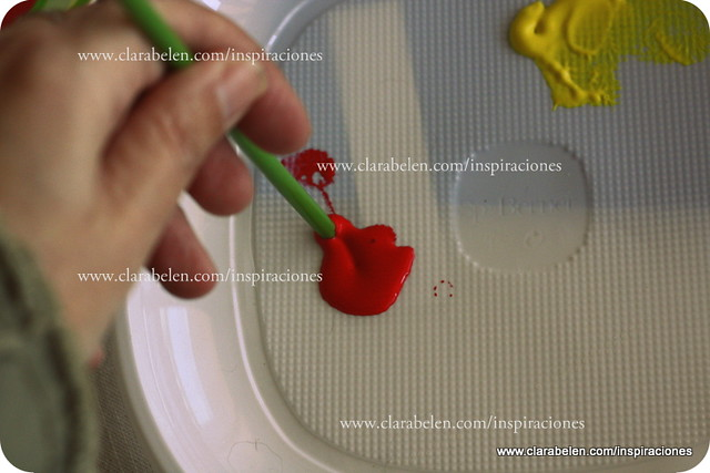 Manualidades: idea para hacer las hojas de un álbum de fotos casero