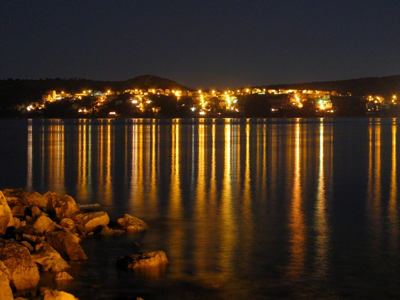 Reflets de l'eau sous la nuit tombante@Trogir