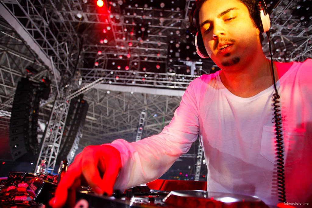 Close-up Wehbba @ Sensation Brasil 2012.