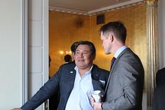 Joe Linklater and Gustaf Lind speak during the coffee break