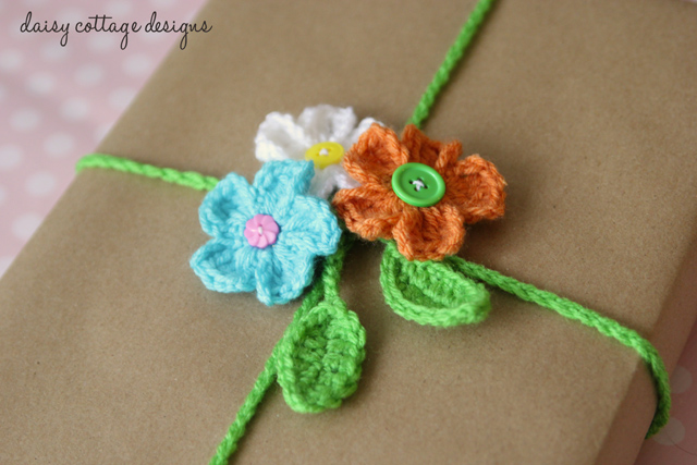 Crocheted Gift Wrap with flowers