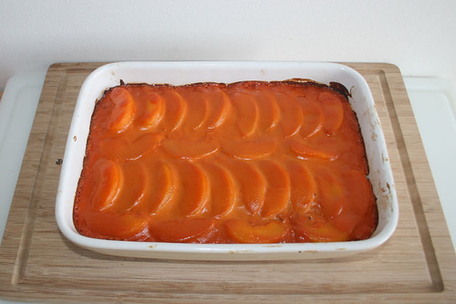35 - Reisauflauf mit Pfirsichen & Hackfleisch - Fertig gebacken / Rice casserole with peaches & ground meat - Finished baking