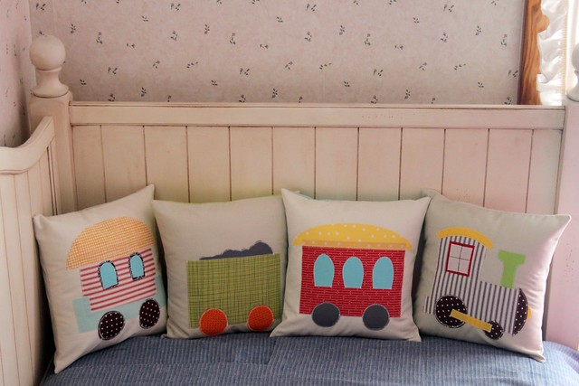 Train Pillow Set