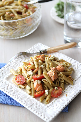Whole-Wheat-Pasta-Salad-Recipe-with-Salmon-Tomatoes-&-Herb-Dressing-Cookin-Canuck