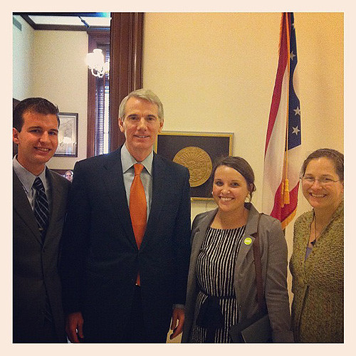 Ohio Volunteers and Sen. Portman
