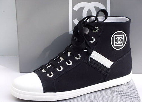 Chanel-Canvas-Sneaker-Spring-Summer-2009-Collection-black