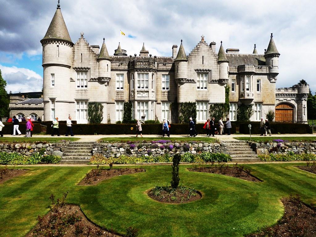 Balmoral Castle Layout_If2KoEvQEFoF9eHUk49qjGqO%7CE8WZmUVwnD9VWcmHzU on Balmoral Medieval Castle Floor Plans