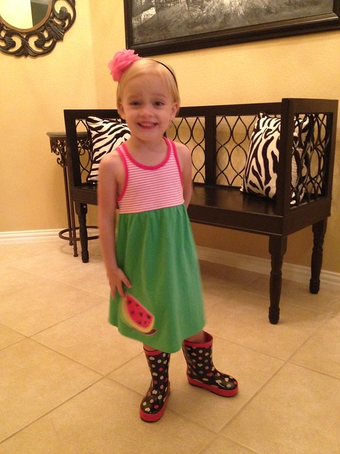 kinley in rainboots