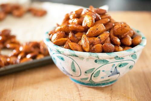 Honey-Thyme Almonds