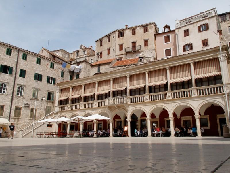 Place de la cathédrale@Šibenik