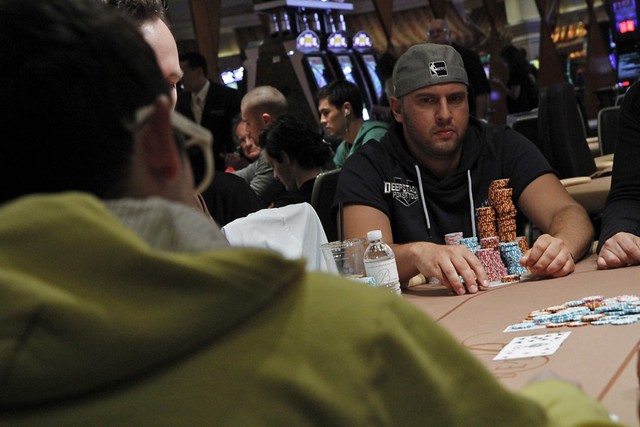 3933 Michael Mizrachi vs Trevor Pope