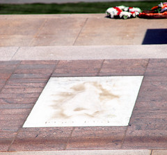 Vault of the Korean War Unknown - Tomb of the Unknown Soldier - Arlington National Cemetery - 2012-05-19