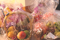 confectionery(0.0), dessert(0.0), sweetness(1.0), produce(1.0), food(1.0), gift basket(1.0),