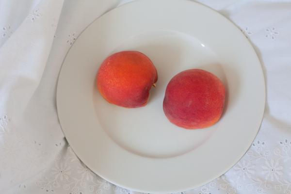 each-peach-1
