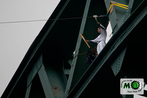 Photo ID 108 - 15th June, Bear Ghrylls, London 2012 Olympic torch relay, Newcastle, tyne bridge by mattmuir.co.uk