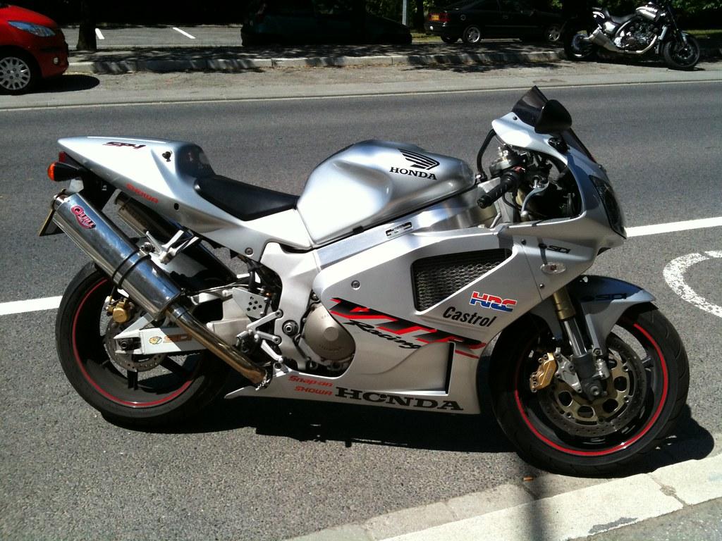 Vtr Sp1 Exhaust Honda Vtr 1000 Sp1 Quill