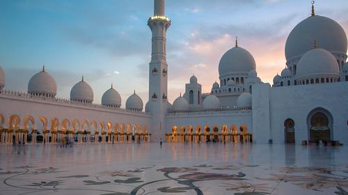 sunset sun night canon exposure teal mosque abudhabi 5d moschee canonphotography sungoesdown sheikhzayedmosque canon5dmarkiii 5dseries 5dmarkiii pwpartlycloudy