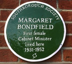 Photo of Margaret Bondfield green plaque