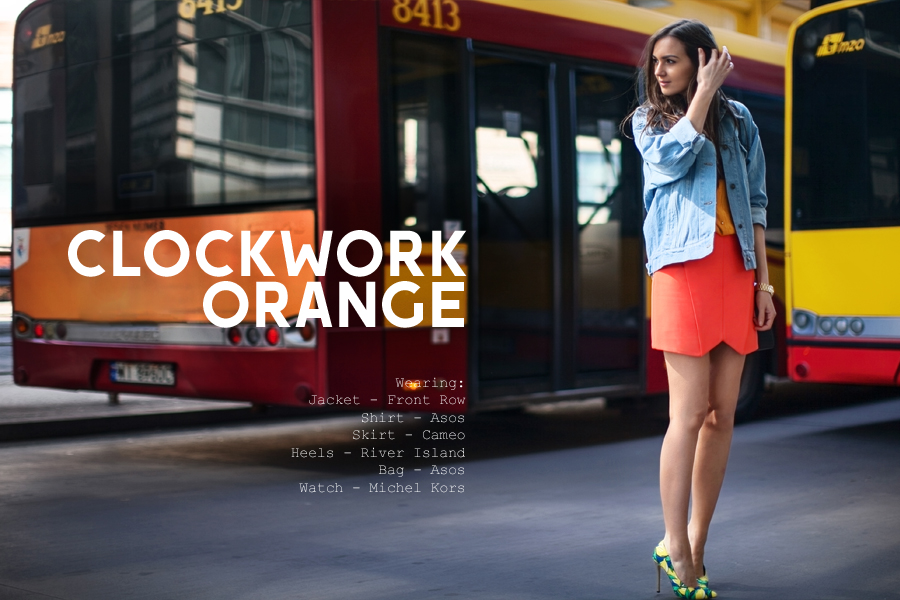 personal_style_fashion_blog_Ukraine_europe_denim_jacket_mini_skirt_orange_heels_tropical_print_Nika_Huk1