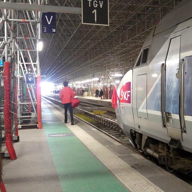 À Bordeaux, les TGV portent le drapeau rouge