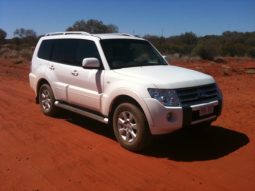 Driving to King's Canyon - Red Centre - NT, Australia