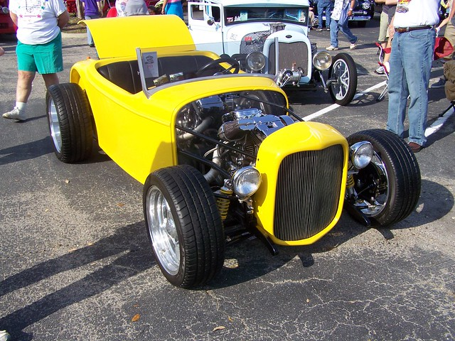 HOT ROD WITH HARLEY ENGINE