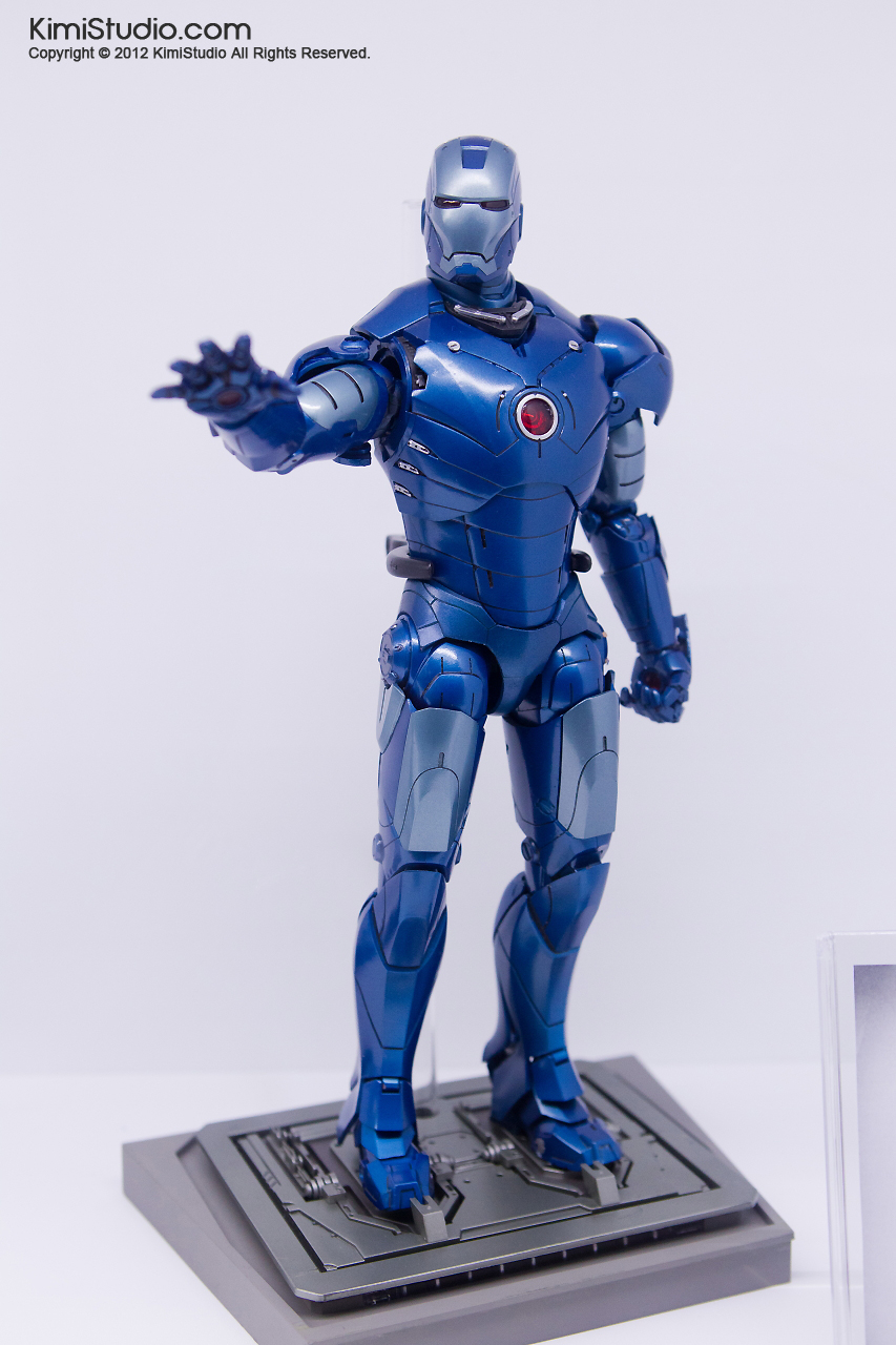 2011.11.12 HOT TOYS-104