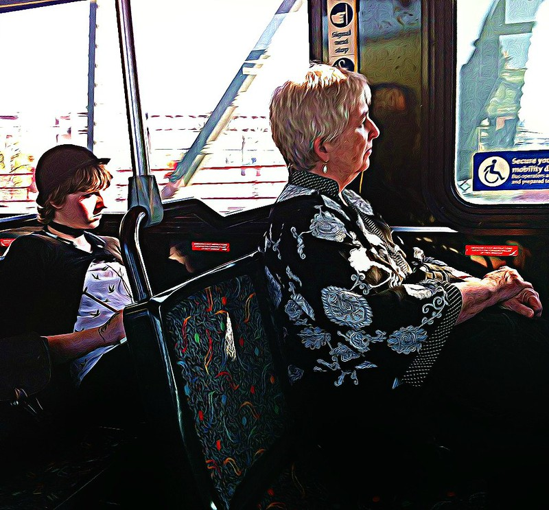 Bus_ladies_sharpened_underpainted_BeFunky_Underpainting_1